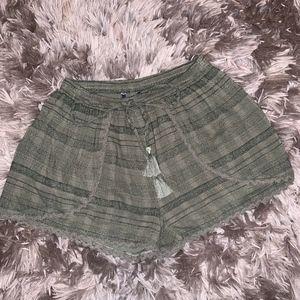 AEO NWT Green Tribal Print Flowy Shorts XS
